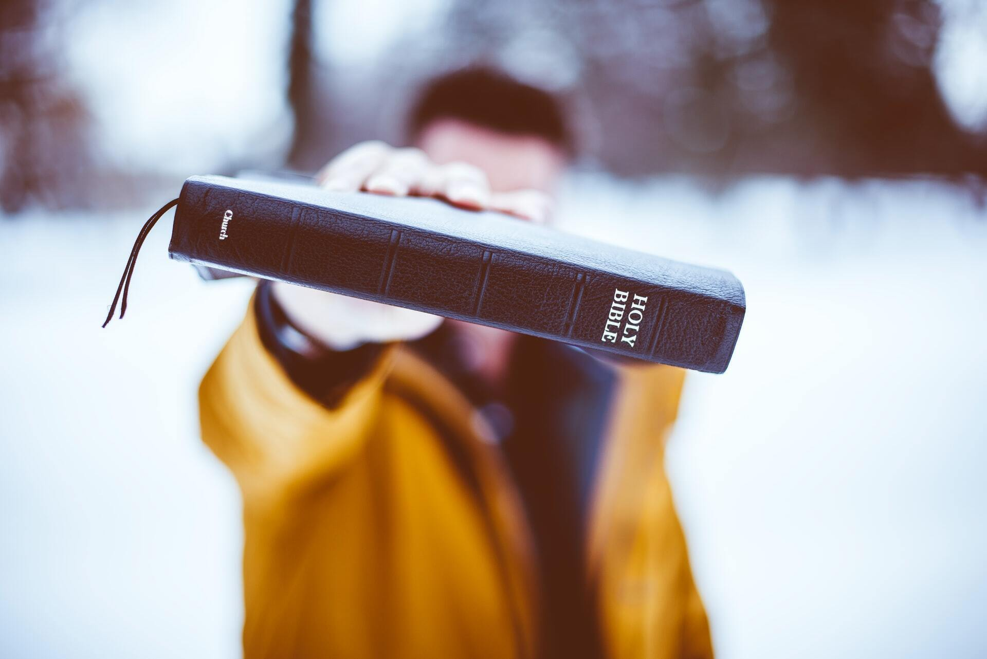 "Seminary Professor Exposes Today's ""Cheap Epistemology"" Calling For A Return to Scripture"